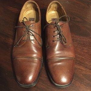 Florsheim brown leather Oxford Shoes. Size 8.5D